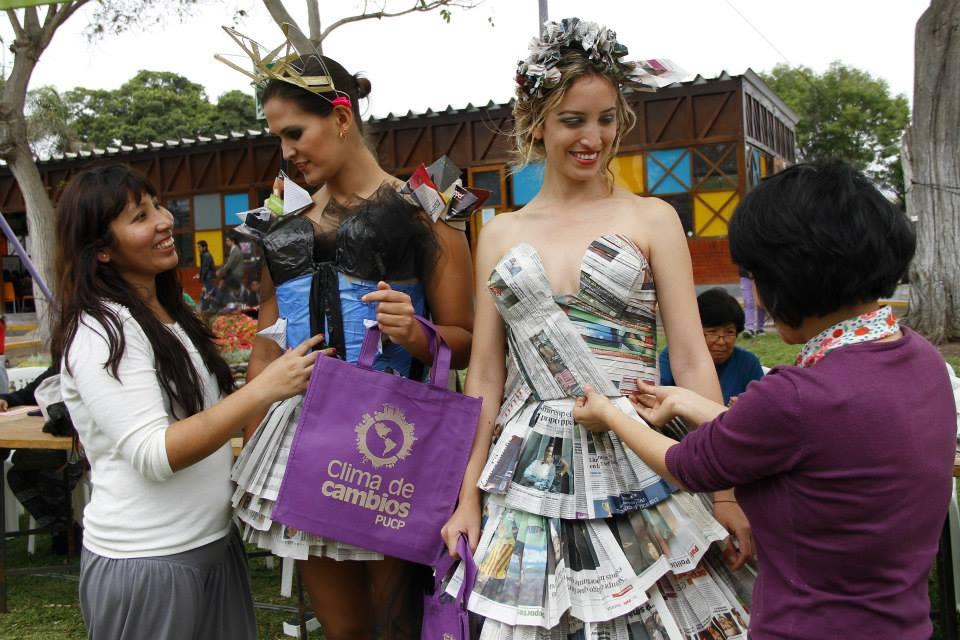 La moda del reciclaje empieza en la escuela
